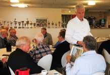 Heinz Hildebrandt holder foredrag i Vejle Boldklub