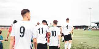Fodboldhold, kampklar