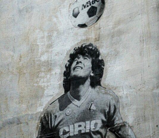 diego maradona grafitti